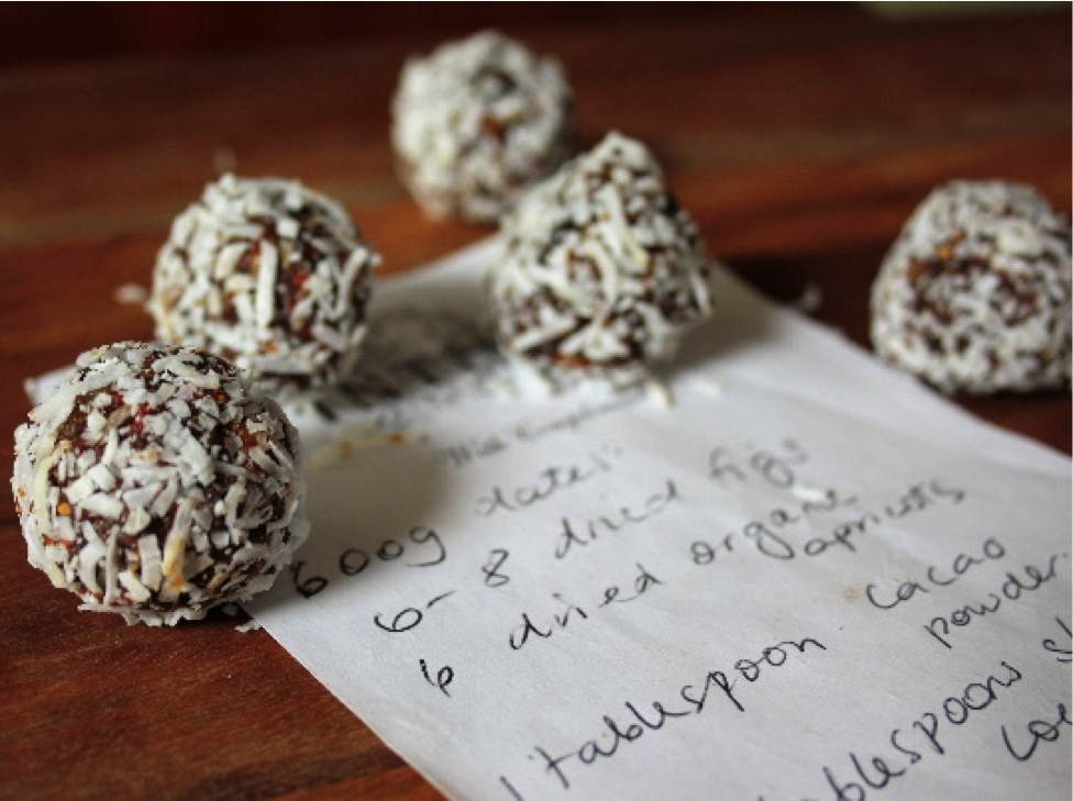 Recipe of the week: Fig & Date Balls by Erica